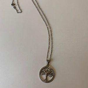 Tree pendant & chain